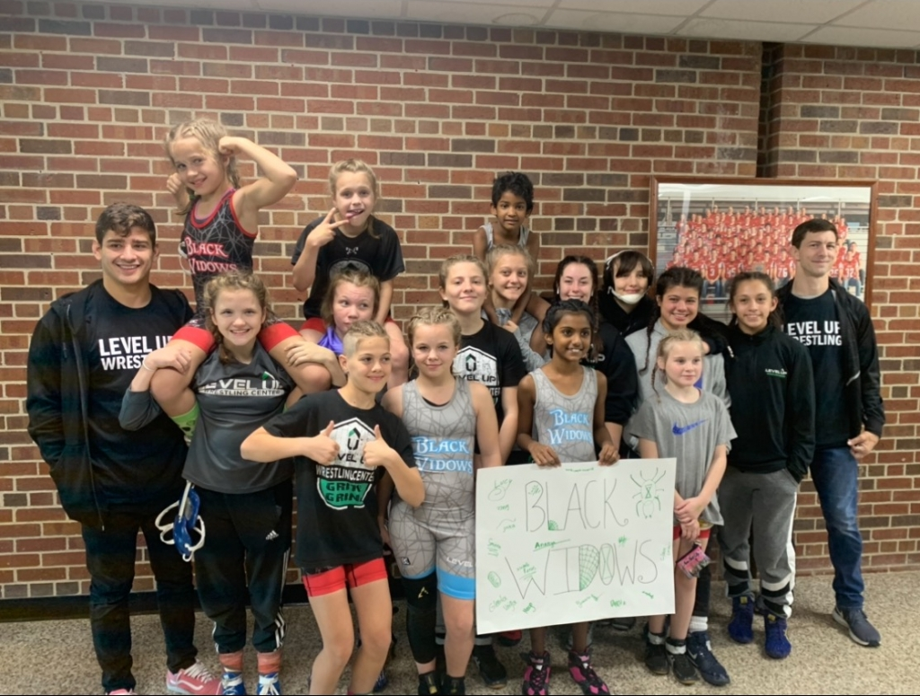 Level Up Girls Wrestling - Black Widows Team
